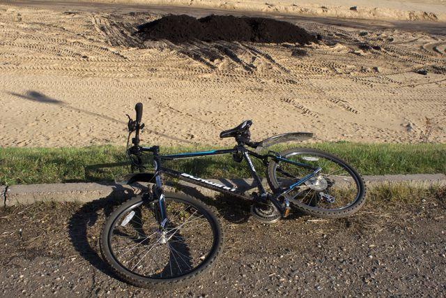 Велосипед ʺШвинʺ кросс-кантри, асфальт, песок и грязь