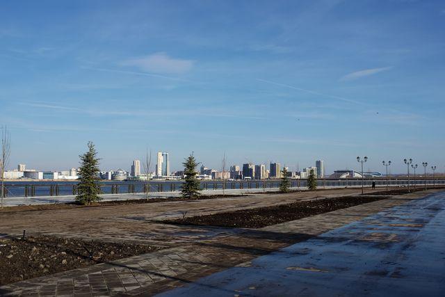 Вид города с набережной